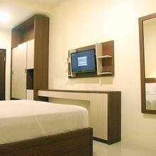 Avon's Residence in Manado