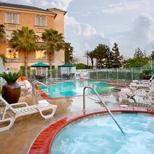 Ayres Hotel Anaheim in Santa Ana