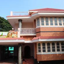 Ayursansara Ayurvedic Resort in Pooluvapatti