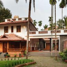 Ayurvedam At Sreenilayam in Kakkayam