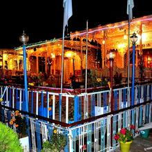 Aziz Palace Group Of Houseboats in Srinagar