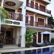 Baan Chayna Hotel in Phuket