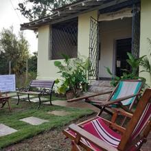 Baba Ganesh Hostel in Shiroda