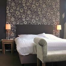 Badhotel Renesse in Ellemeet