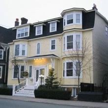 Balmoral House Bed & Breakfast in St. John's