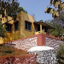 Bandys Riversong in Bhimashankar
