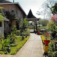 Bar-B-Barn Beach Hotel in Negril