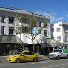 Barclay Hotel in Vancouver