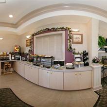 Baymont Inn and Suites Crestview in Crestview