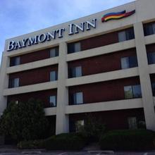 Baymont Inn & Suites Davenport in Moline