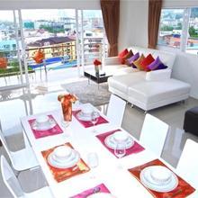Bayshore Patong 2 Bedroom Apartment in Phuket