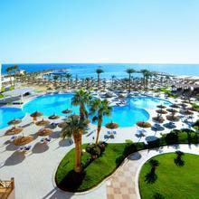 Beach Albatros Resort in Al Ghardaqah
