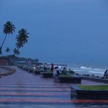 Beach Heritage Hotel in Varakal