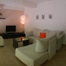 Bella Vista Apartments in Trpejca