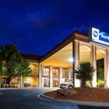 Best Western Airport Albuquerque Innsuites Hotel & Suites in Albuquerque