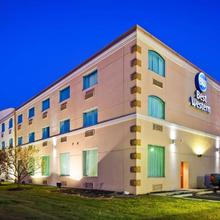 Best Western Airport Inn & Suites Cleveland in Cleveland
