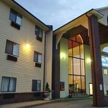 Best Western Airport Inn Warwick in Providence