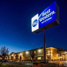 Best Western Inn & Suites in Ontario