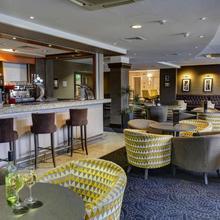 Best Western Manchester Altrincham Cresta Court Hotel in Lymm