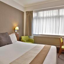 Best Western Manchester Altrincham Cresta Court Hotel in Wilmslow