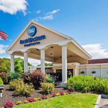 Best Western Merry Manor Inn in Portland