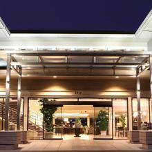 Best Western Plus Bayside Hotel in Oakland