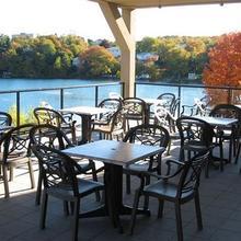 Best Western Plus Chocolate Lake Hotel in Halifax