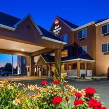 Best Western Plus Fort Wayne Inn & Suites North in Fort Wayne
