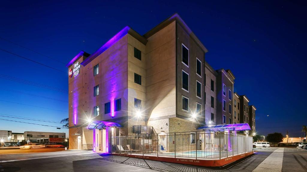 Best Western Plus Gardena Inn & Suites in Los Angeles
