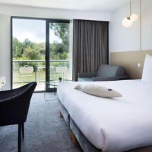 Best Western Plus Hotel Les Rives Du Ter in Lorient