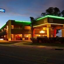 Best Western PLUS InnSuites Yuma Mall Hotel & Suites in Yuma