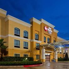 Best Western Plus Jfk Inn And Suites in Houston