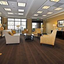 Best Western PLUS Med Park Inn & Suites in Laguna West