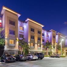 Best Western Plus Miami Airport North Hotel & Suites in Miami Lakes