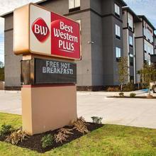 Best Western Plus Prien Lake Inn & Suites in Lake Charles