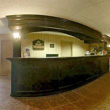 Best Western Plus Rose City Suites in Pelham