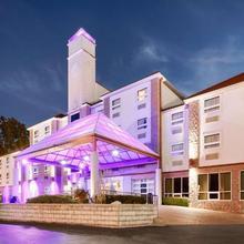Best Western Plus Sandusky Hotel & Suites in Sandusky