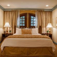 Best Western Plus Sunset Plaza Hotel in Sherman Oaks
