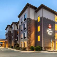 Best Western Plus University Park Inn & Suites in State College