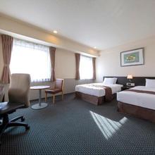 Best Western Rembrandt Hotel Tokyo-machida in Atsugi