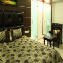Bharat Hotel in Dadhdevi