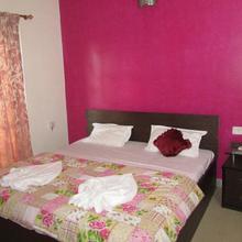 Bhk Apartment In Candolim Cm040 in Pilerne