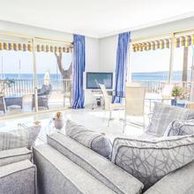Big 2 Bedrooms View On Lerins Islands . in Cannes