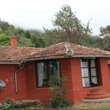 Bison Valley Cottage in Coonoor