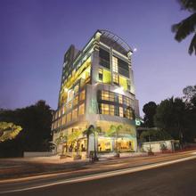 Biverah Hotel & Suites in Vettutura