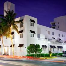 Blanc Kara- Adults Only in Miami Beach