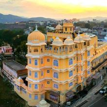 Bloom Boutique   Lake Pichola in Udaipur