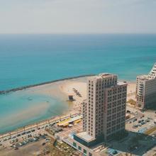 Blue Beach Apartment in Haifa
