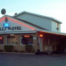 Blue Falls Motel in Buffalo