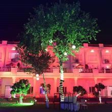 Blue Orchid Resort in Mohanlalganj
